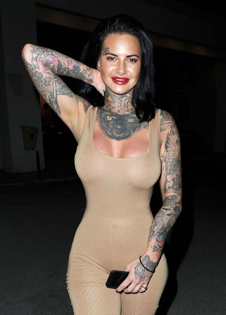 Jemma Lucy latest exposing stills in Manchester (Oct.23, 2017)
