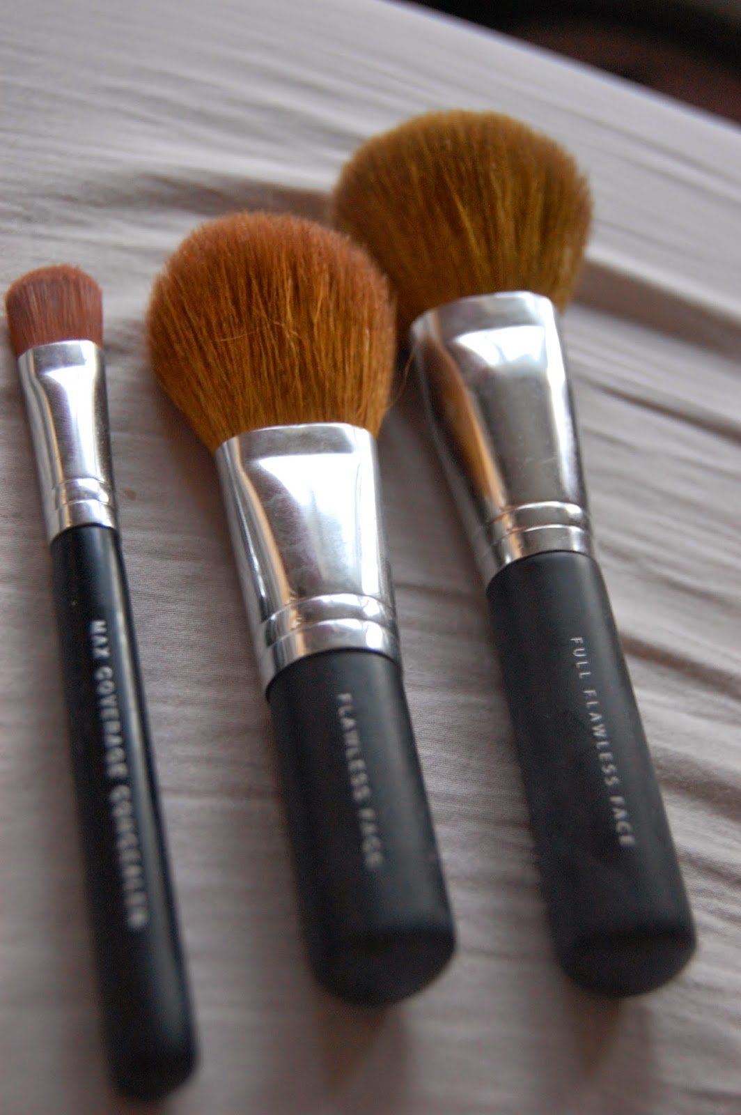 what a looker: Bare Minerals Makeup