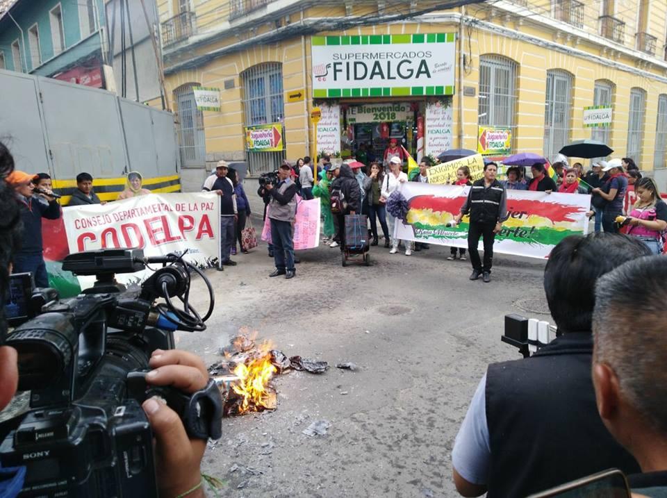 Movilizaciones sociales se repiten cada día a una cuadra de plaza Murillo / RENNO NOTICIAS