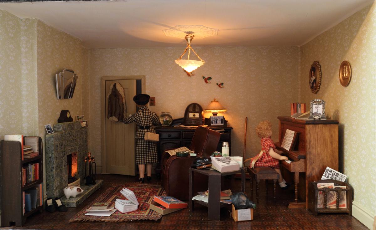 KT Miniatures Journal: Update Of Linda's 1940s Living Room ...