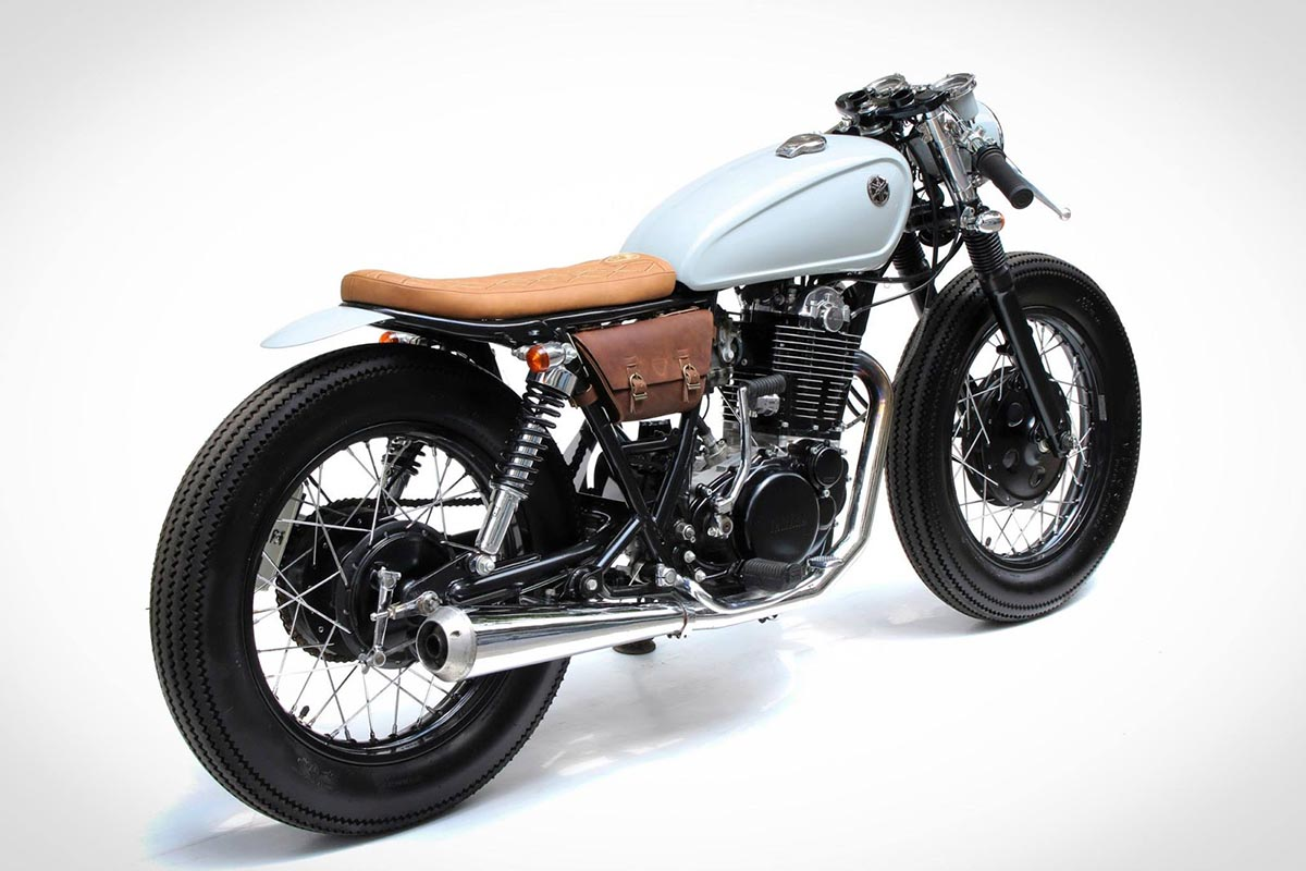Yamaha SR400 Bratcafe By The Sports Custom Hell Kustom