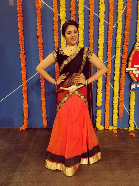 SreeMukhi photos at Bhale Chance le Dusshera Special