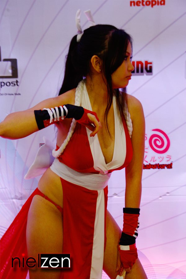barbie san miguel sexy mai shiranui cosplay 03