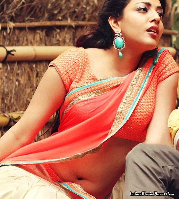 Kajal aggarwal hot half saree stills