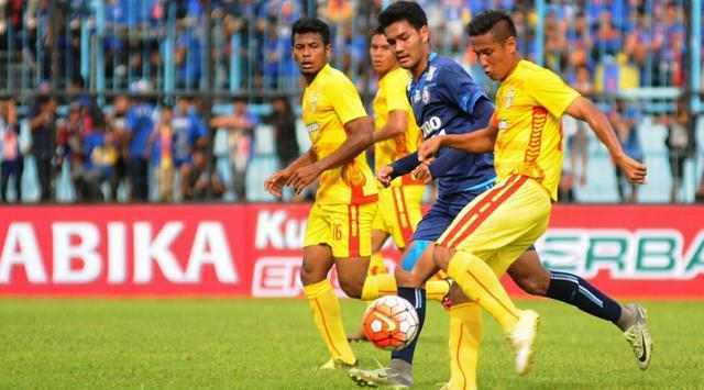 Arema FC vs Bhayangkara FC
