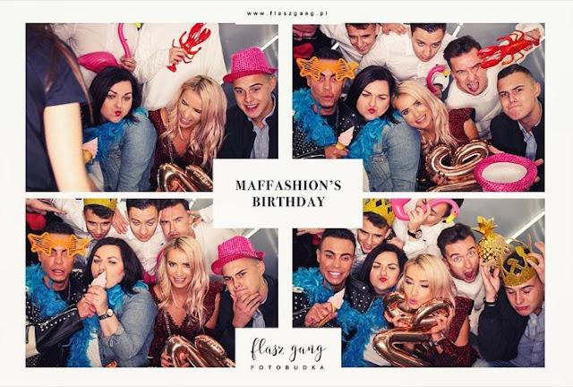 Flasz gang fotobudka na urodzinach Maffashion.