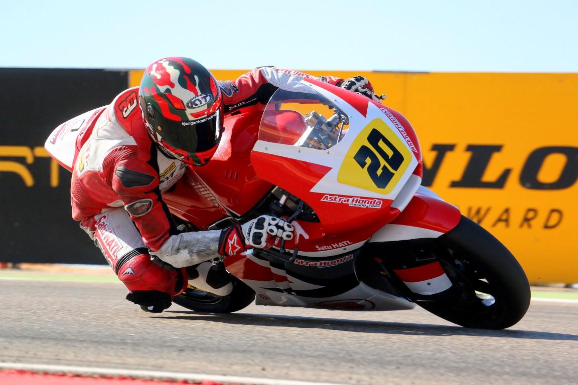 Dimas Ekky dan Andi Gilang memulai balap di Aragon dari baris keempat dan ketujuh