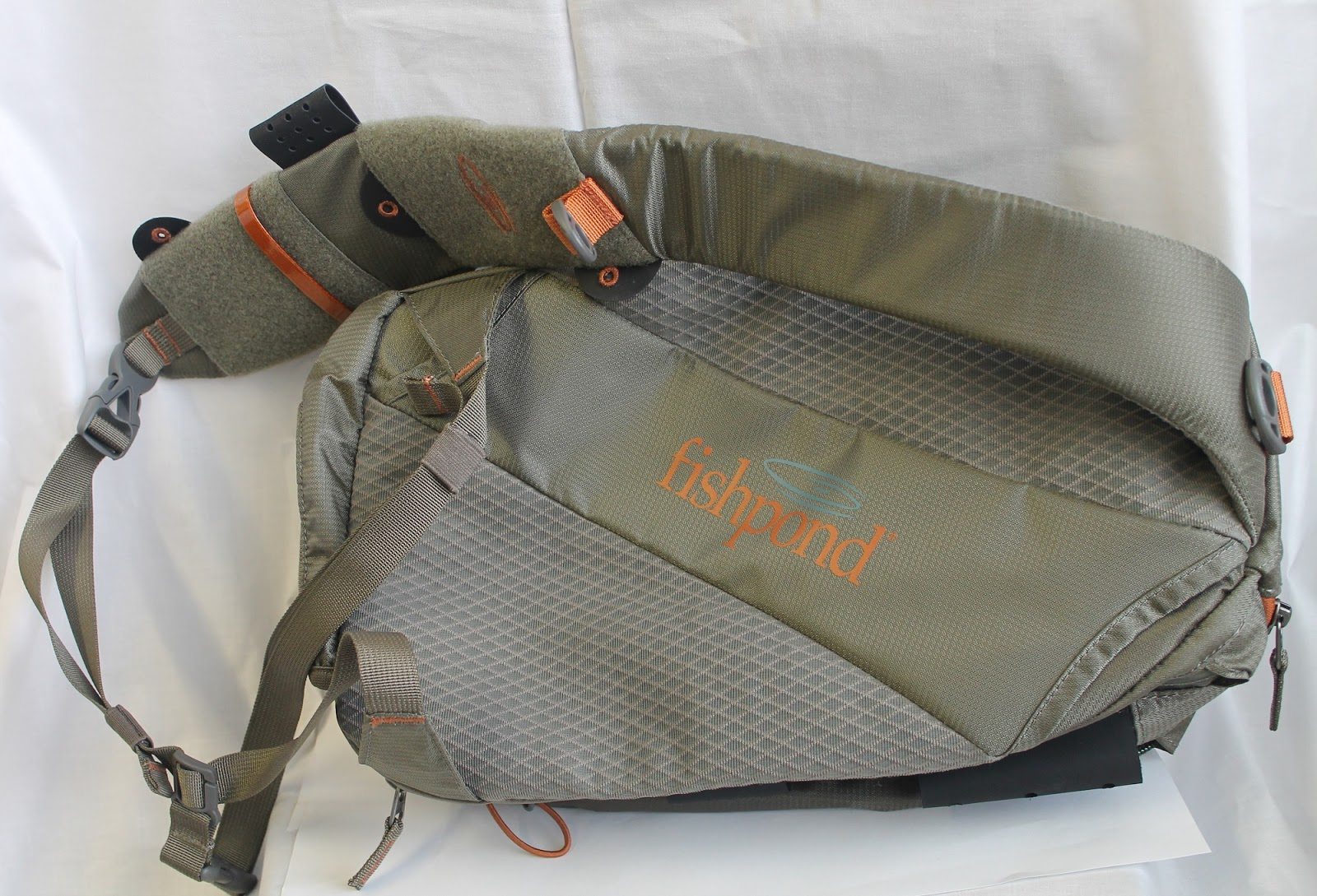 Gorge fly shop blog sling pack showdown for Fly fishing sling pack
