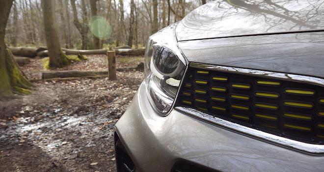 Kia Picanto X-Line headlamp and grille