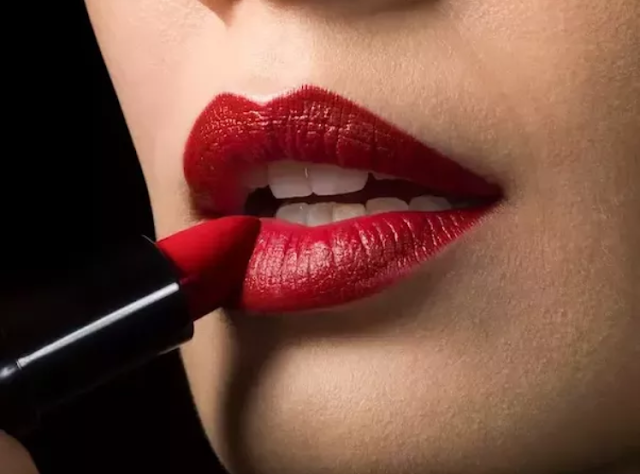 Perbedaan Jenis Lipstik Sesuai Fungsi dan Kegunaanya
