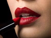 7 Perbedaan Jenis Lipstik Sesuai Fungsi dan Kegunaanya