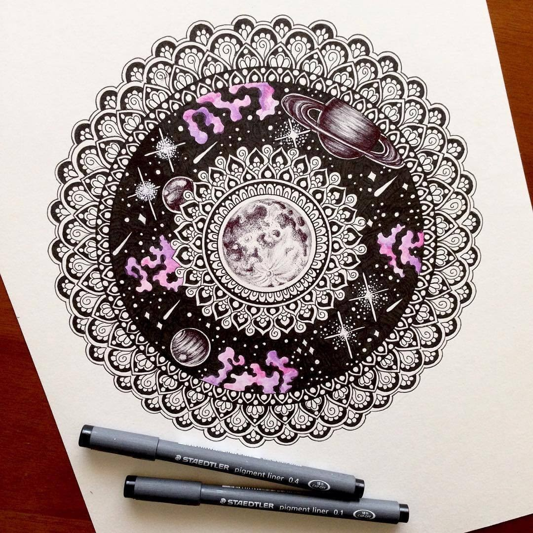 09-The-Universe-Moleskine-Mandalas-Drawings-and-More-www-designstack-co