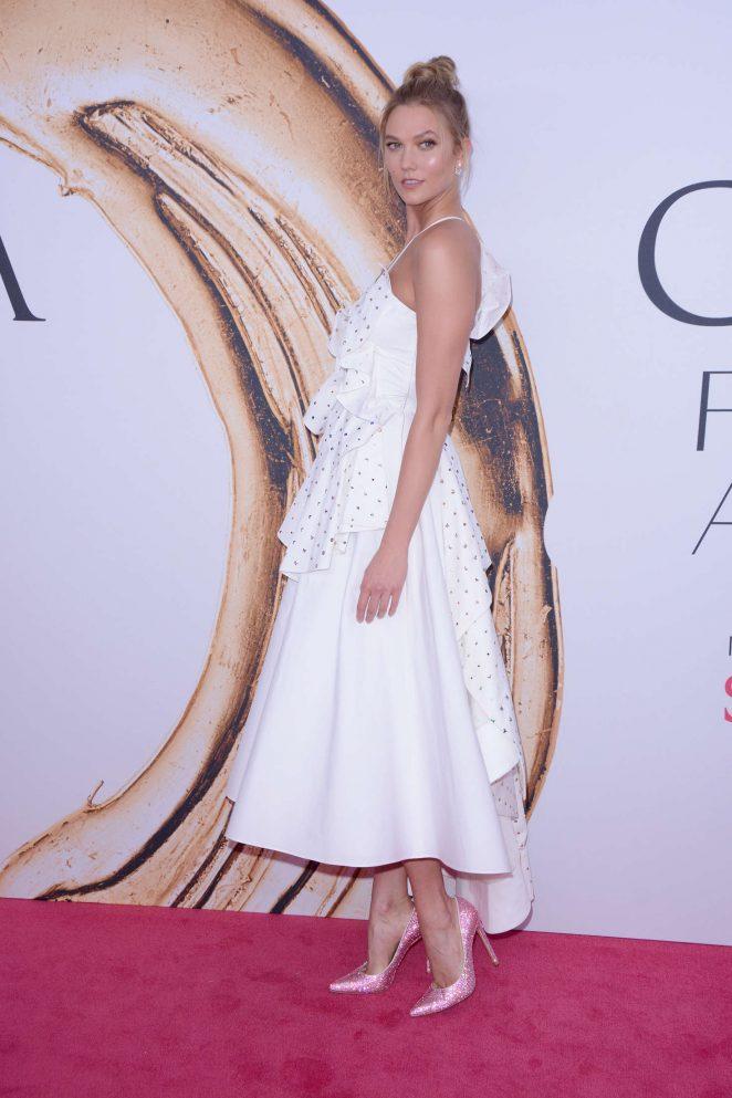 Karlie Kloss – 2016 CFDA Fashion Awards in New York