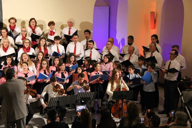 Το Χορωδιακό Εργαστήρι Ναυπλίου τραγουδάει για τον συνάνθρωπο
