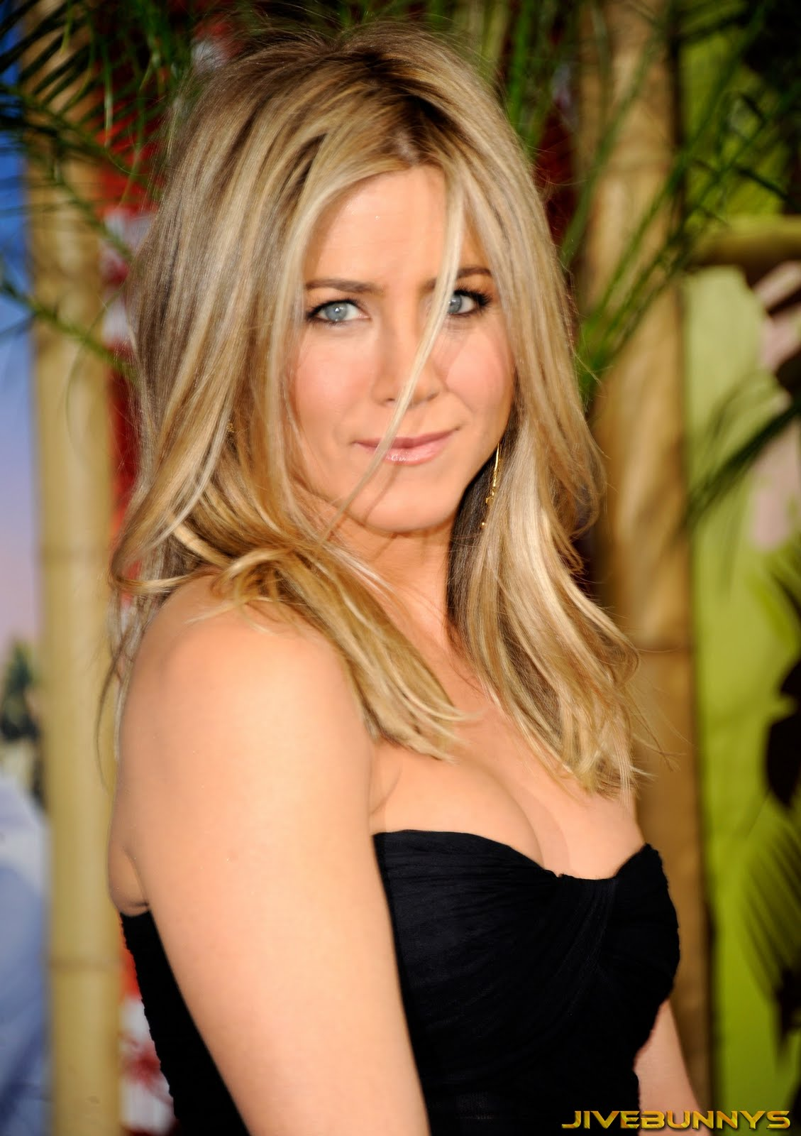 jennifer aniston special pictures 24 film actresses. Black Bedroom Furniture Sets. Home Design Ideas