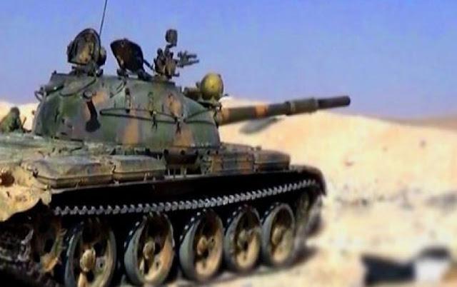 الجيش يتصدى لهجوم إرهابيين من تنظيم داعش على نقاط عسكرية بريف الميادين( فيديو)