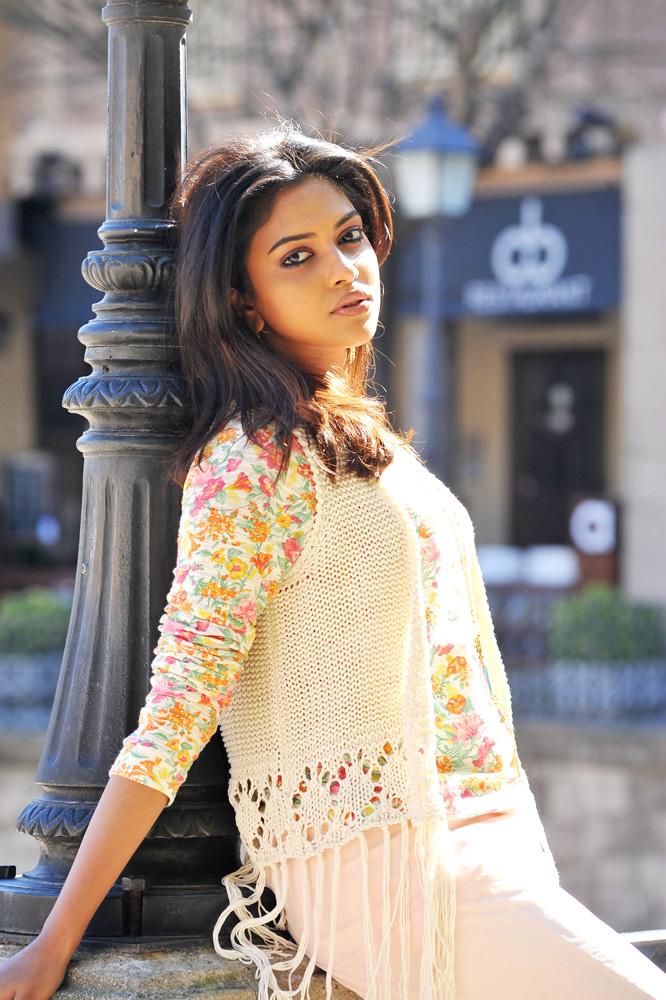 Telugu Tamil Kannada Malayalam Actress Stills-Images -7776