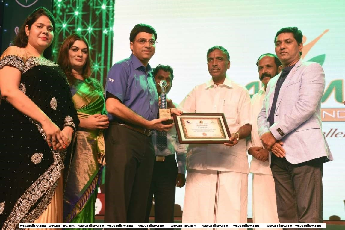 Viswanathan Anand was honoured with the Pride of India award at Amma Sports Foundation Awards