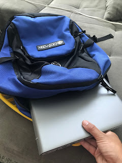 laptop in the LocoModiv Neo 32 pack