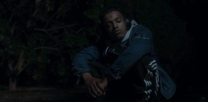 Download Video: XXXTentacion – Moonlight