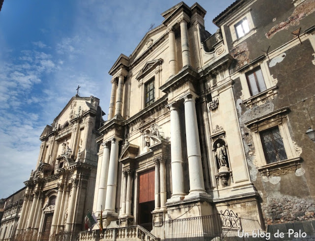 Fachadas barrocas en la Vía Crociferi Catania