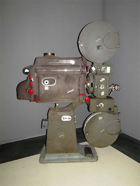 Vintage projector RCA Ashcraft, new cinema La Gran Guardia, Livorno