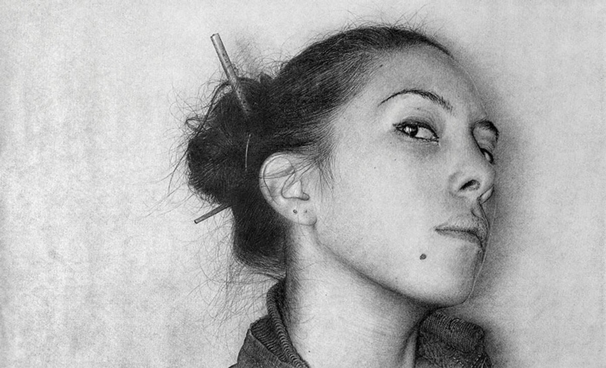 06-Marcos-Rey-Portraits-Charcoal-on-Canvas-and-Graphite-on-Paper-www-designstack-co