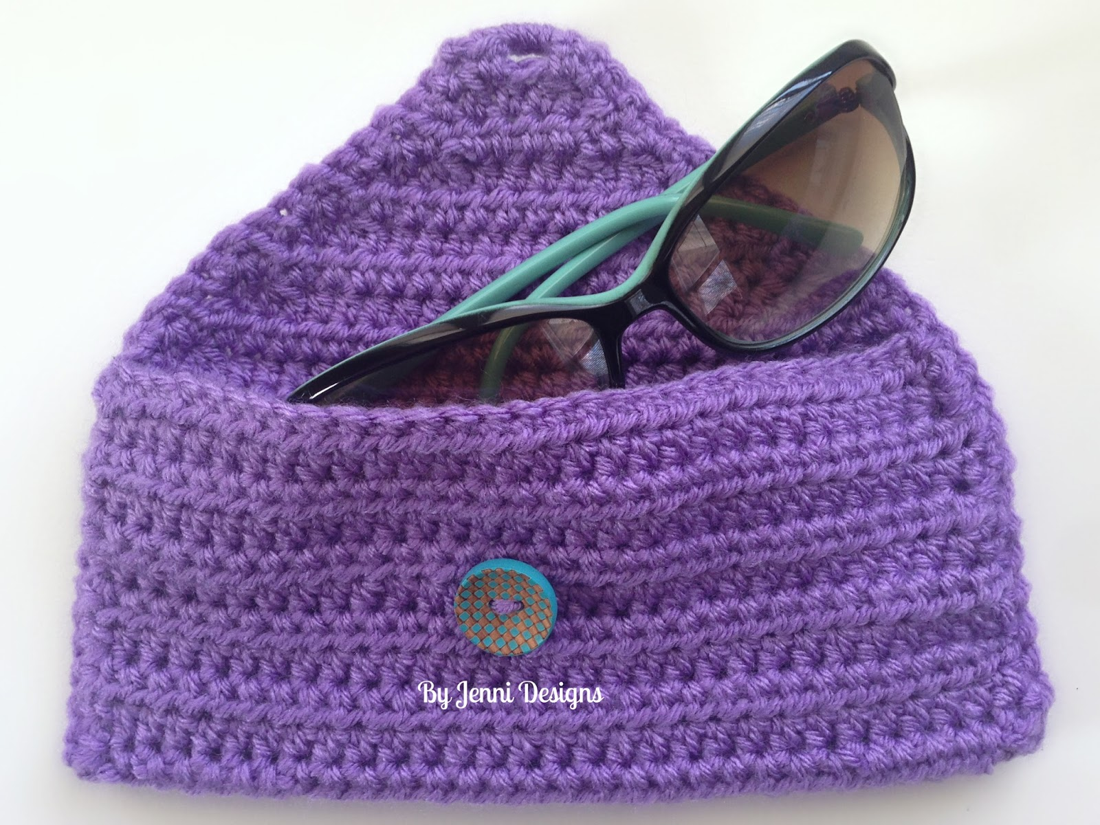 By Jenni Designs: Free Crochet Pattern: Easy Sunglass Pouch
