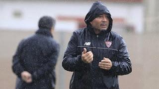 El club andaluz se mostró en contra del accionar de la Asociación del Fútbol Argentino, por su intención de llegar a un acuerdo para que el entrenador del equipo español ocupe el lugar de Bauza en la Selección