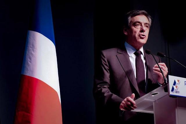 A un mois de la présidentielle, voici le slogan que François Fillon vient d'adopter