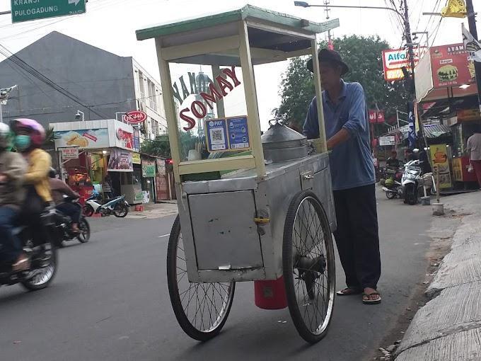 Lucu, Abang Somay Pakai GO-PAY