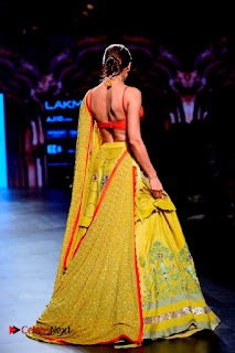 Bollywood Actress Malaika Arora Khan Walks on Ramp at LFW Summer 2017  0027.jpg
