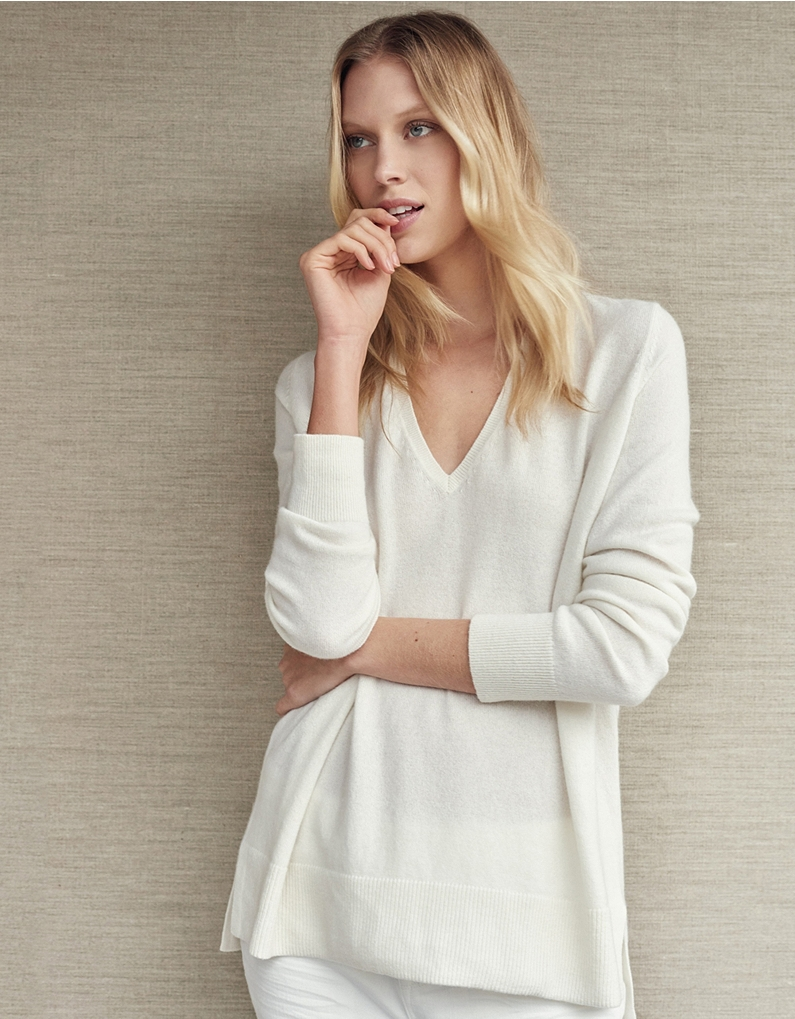 The White Company Cashmere Side Split V-Neck Jumper