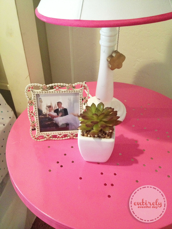 Pink Bedside Table: Blue And Pink Girl's Bedroom