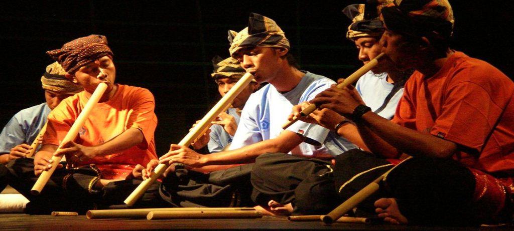 Alat Musik Tiup Tradisional Khas Minangkabau