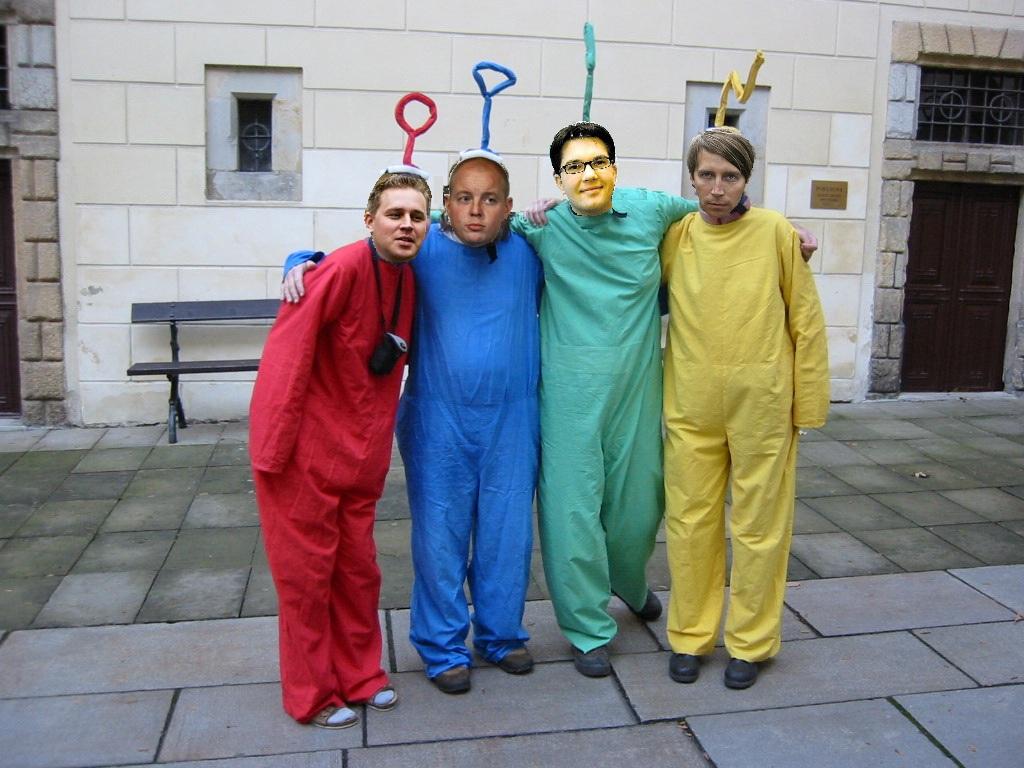 Moderaterna inleder valkampanjen med skral kassa