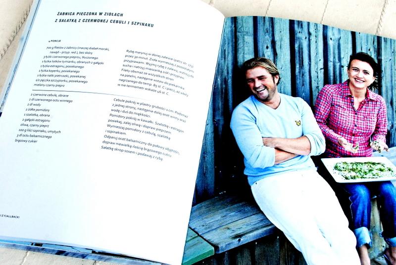 Wnętrze książki – przykładowy przepis oraz zdjęcie autorów