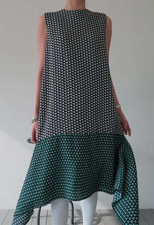 Heart-Patterned Side Flare Dress