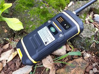 Hape Outdoor Landrover X6 Handy Talky UHF IP67 Certified Water Dust Shock Proof