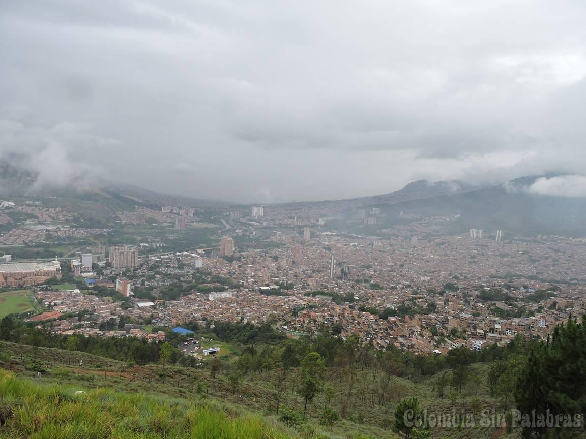 el cerro y la ciudad