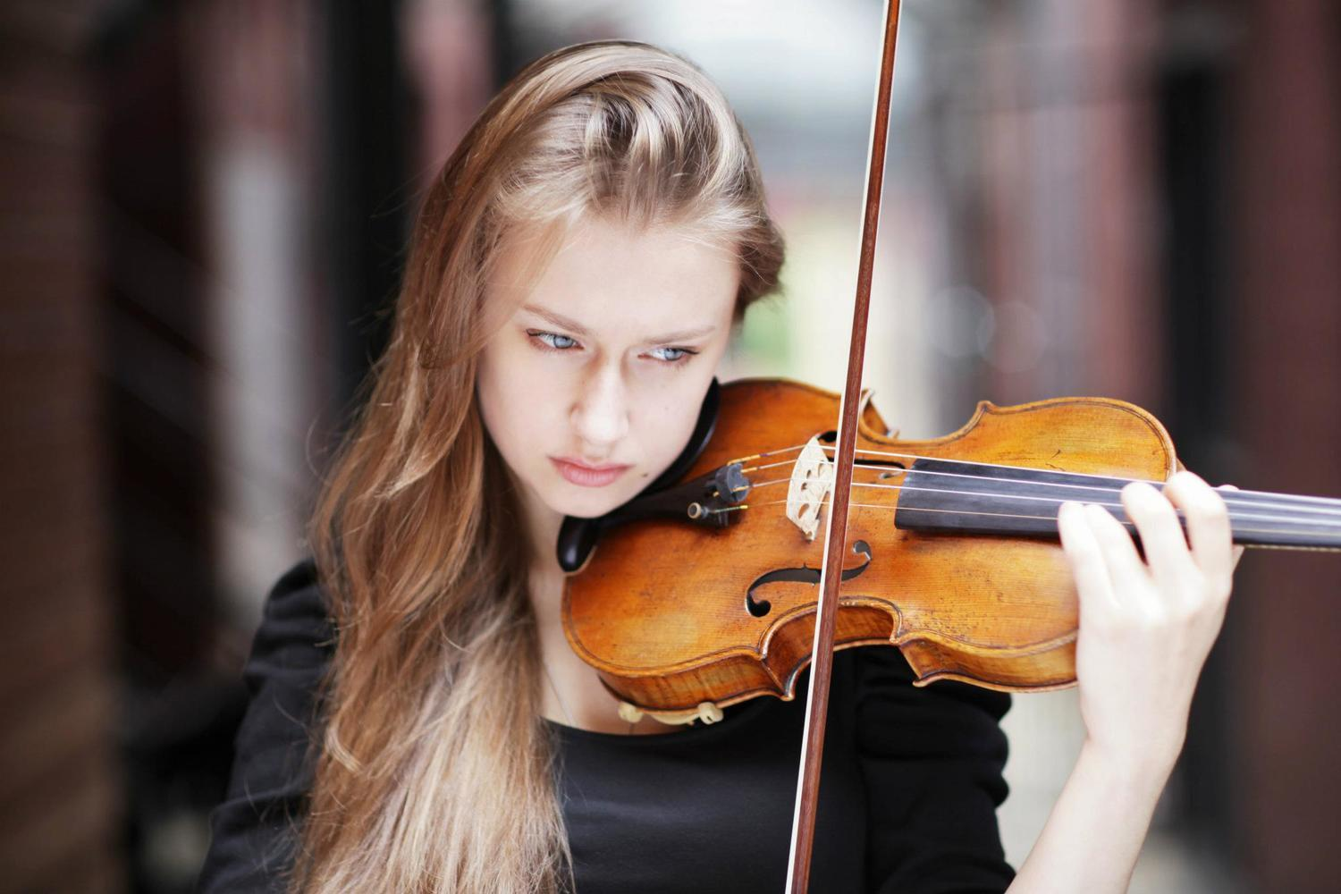 Music at Eelswamp: Tchaikovsky Violin Concerto