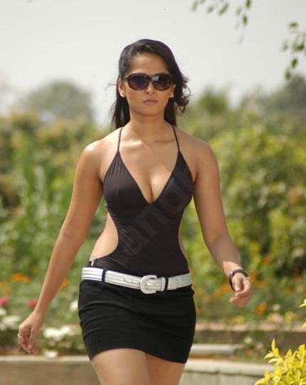 Actress Biography And Picture Gallery Anushka Hot Pics -1133