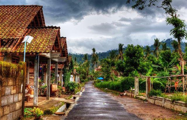 Pengertian Desa Menurut Para Ahli dan Cirinya