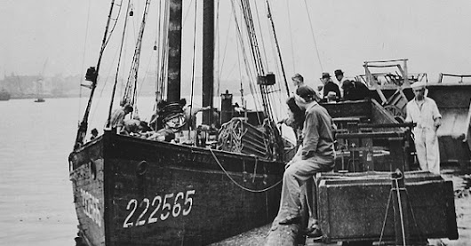 FV Lark, Boston fishing schooner, shelled by U-107/Simmermacher 13 July 1944 off NS Canada, all survived