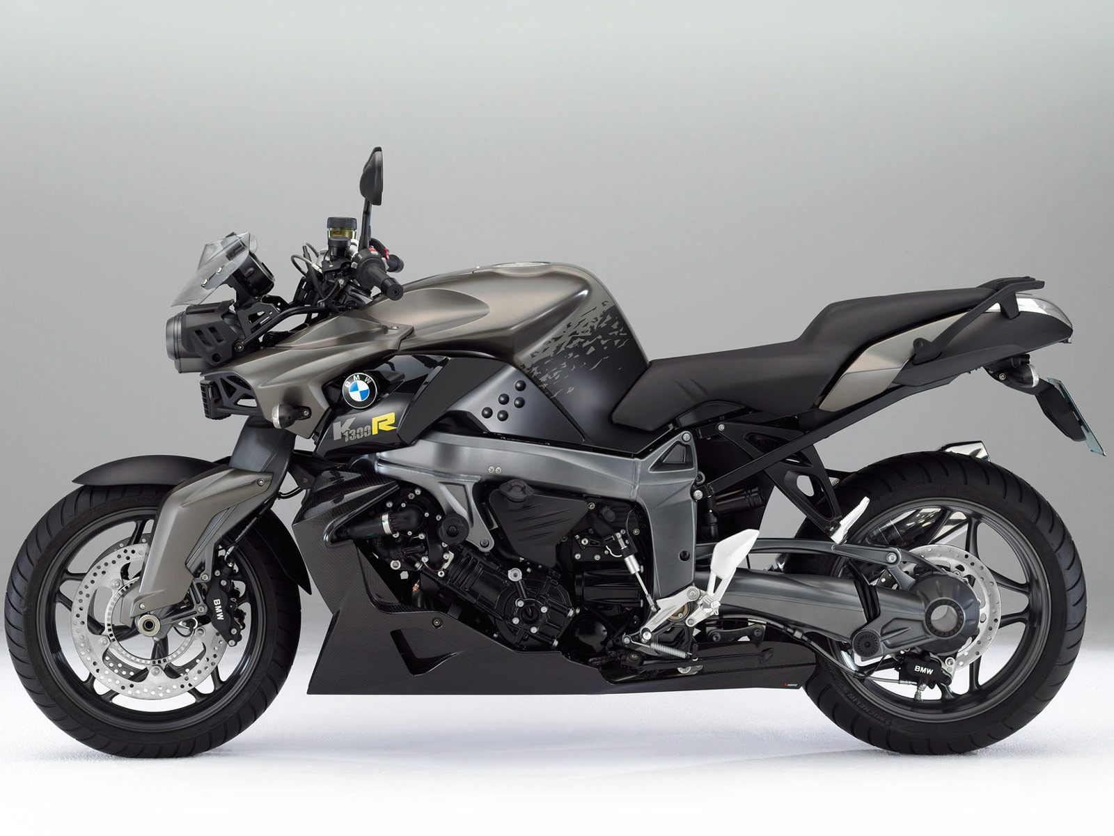 2012 bmw k1300r desktop wallpapers  specifications  review