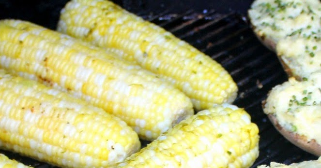 52 Ways to Cook: Corn on the Cob with Garlic Lime Pepper Butter - 52 ...