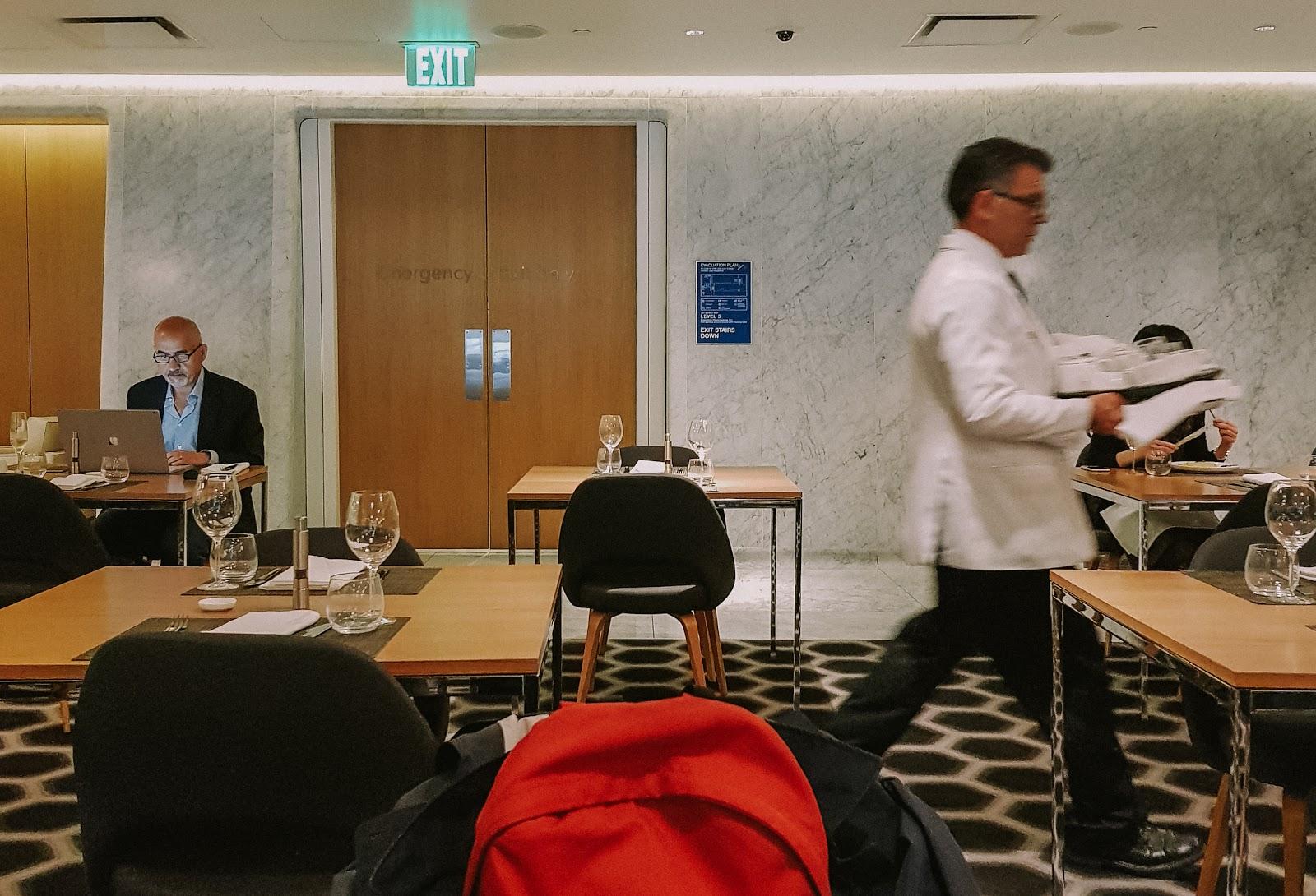 貴賓室|洛杉磯機場 LAX Qantas First Class Lounge 澳洲航空頭等艙貴賓室