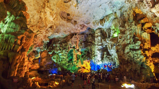 halong bay caves