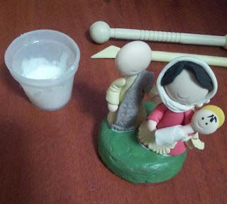 Como-reciclar- tapas-para-ser-usadas-en-los-recuerdos-de-porcelana-fría