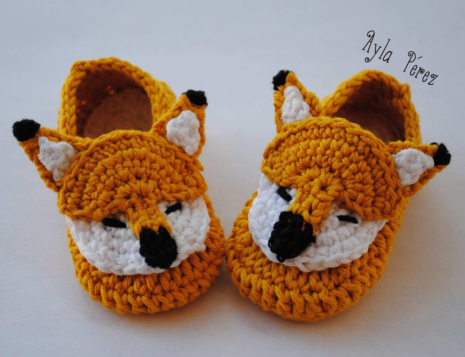 Patrón de zapatitos de zorro para bebé - Ayla\'s Crafts